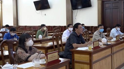 Huyện Chợ Mới họp khẩn chỉ đạo thực hiện các biện pháp phòng, chống dịch bệnh COVID-19