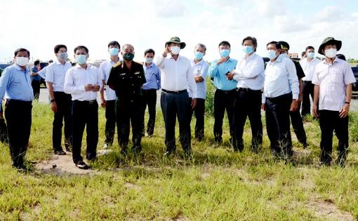Khảo sát chuẩn bị đầu tư xây dựng khu cách ly tập trung và chỉ đạo công tác phòng, chống dịch bệnh COVID-19 tại huyện An Phú và TX. Tân Châu