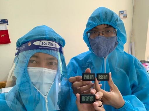 Áo hạ nhiệt: Giải pháp chống nóng cho nhân viên y tế nơi tâm dịch