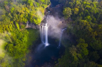 """Ngắm thác nước được ví như """"nàng công chúa ngủ trong rừng"""" ở Tây Nguyên"""