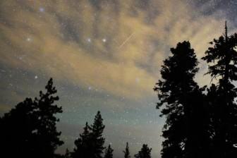 Mưa sao băng đẹp nhất tháng 7 sắp xuất hiện