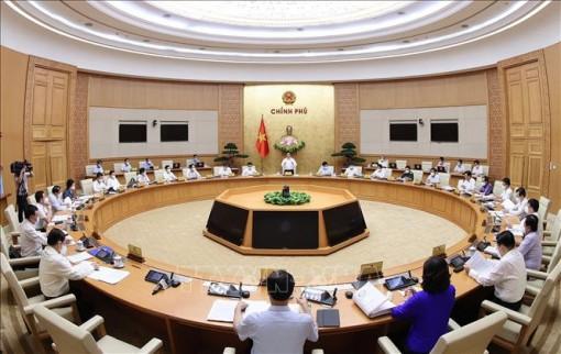 Chính phủ đề nghị giữ cơ cấu 18 bộ, 4 cơ quan ngang bộ trong nhiệm kỳ 2021-2026