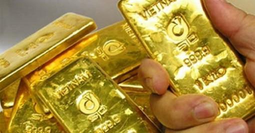 Giá vàng hôm nay 21-7: USD lên nhanh, vàng tăng vọt