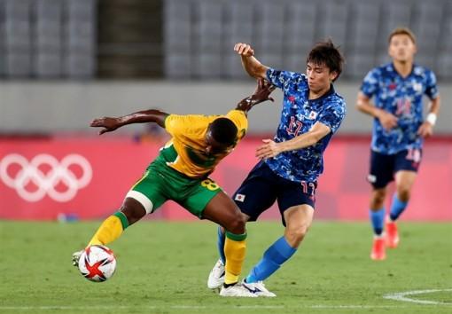 Olympic Tokyo: Thần đồng Real Madrid ghi bàn, Nhật Bản khởi đầu suôn sẻ