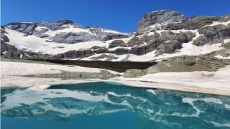 Phát hiện nhiều vi-rút chưa từng biết đến trong sông băng 15.000 năm