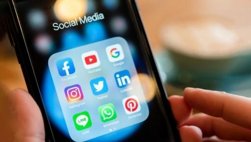 Siết chặt quảng cáo trên Facebook, YouTube tại Việt Nam