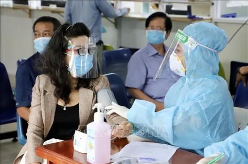TP Hồ Chí Minh đề xuất bổ sung 7.000 cán bộ y tế
