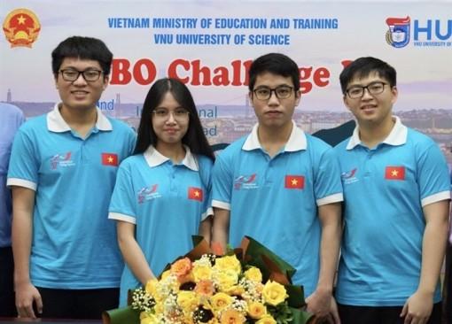 Cả 4 thí sinh Việt Nam thi Olympic quốc tế môn Sinh học giành huy chương