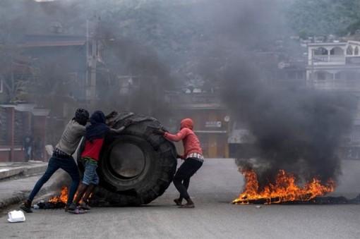Nổ súng tại lễ tang cố Tổng thống Haiti