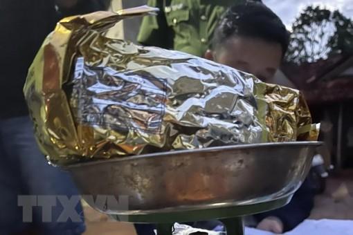 Gia Lai: Bắt giữ 5 đối tượng tàng trữ, vận chuyển 1,2kg ma túy đá