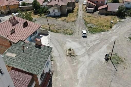 Ngôi mộ bí ẩn nằm chính giữa đường phố ở Thổ Nhĩ Kỳ