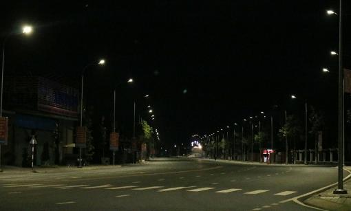 Từ ngày 27-7, tất cả người dân trên địa bàn tỉnh An Giang không được phép ra đường từ 18 giờ tối đến 5 giờ sáng hôm sau