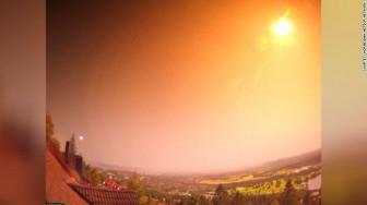 Thiên thạch lớn bất thường thắp sáng bầu trời đêm ở Na Uy