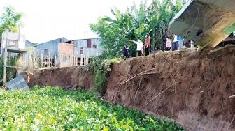 Phòng, chống lụt bão, sạt lở bờ sông ở huyện đầu nguồn An Phú