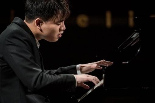 Nghệ sỹ piano trẻ Nguyễn Việt Trung vào Chung kết cuộc thi Frederic Chopin