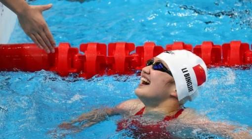 3 đội bơi cùng phá kỷ lục Olympic và thế giới ở 1 nội dung