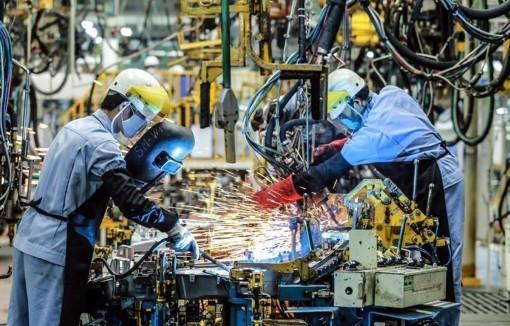 Vì COVID-19, chỉ số sản xuất công nghiệp tháng 7 chỉ tăng 1,8%