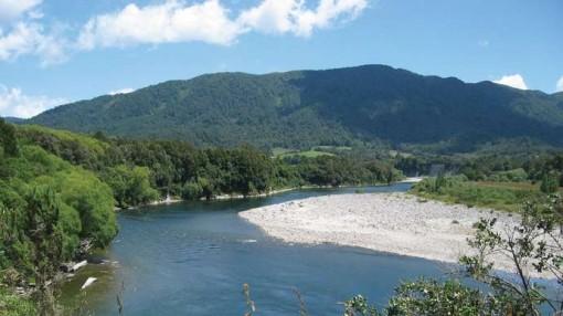 New Zealand: Lưu lượng nước đổ về sông Buller cao nhất trong gần 100 năm qua