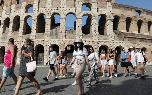 Châu Âu nỗ lực cứu vãn mùa du lịch hè
