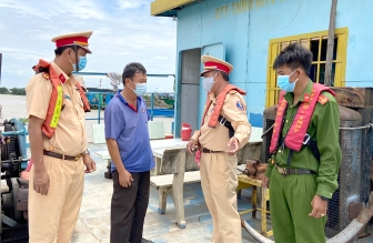 An Giang đảm bảo tình hình an ninh trật tự và phòng, chống dịch COVID-19 trên tuyến đường thủy nội địa