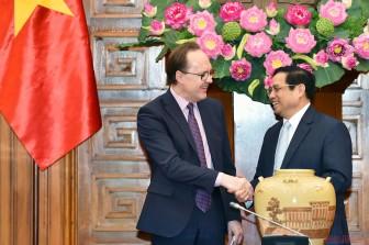Thủ tướng đề nghị Nga ưu tiên để Việt Nam nhận được vaccine sớm nhất