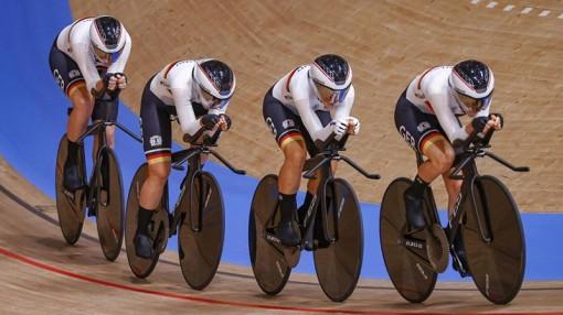 """Ngày thi đấu thứ mười một Olympic Tokyo 2020: Ngày """"kỷ lục"""" của đua xe đạp, điền kinh và cử tạ"""