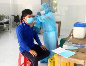 Tiêm vaccine phòng COVID-19  cho các tài xế trên địa bàn huyện Tịnh Biên