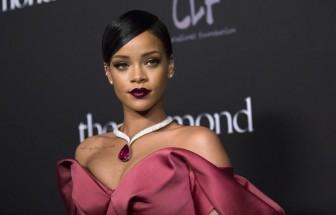 Forbes: Rihanna trở thành 'nữ ca sĩ tỷ USD'