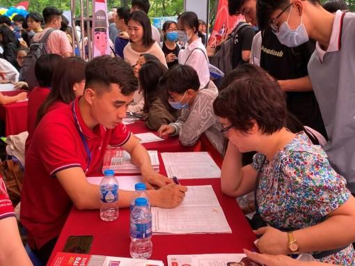 Điều chỉnh chỉ tiêu tuyển sinh cho thí sinh không thể dự thi tốt nghiệp THPT