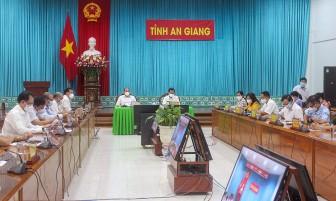 Thủ tướng Chính phủ Phạm Minh Chính chủ trì cuộc họp trực tuyến toàn quốc về công tác phòng, chống dịch COVID-19