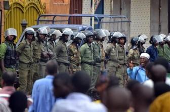 """Guinea: Lực lượng đảo chính tuyên bố """"bắt giữ tổng thống"""""""