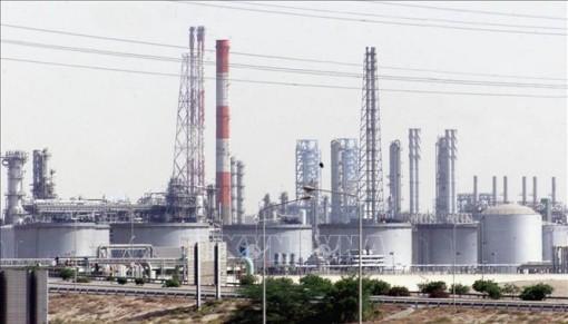 Giá dầu thế giới phiên 6-9 đi xuống sau quyết định giảm giá bán của Saudi Arabia