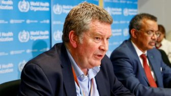 WHO: COVID-19 sẽ biến đổi như bệnh cúm và tồn tại cùng chúng ta