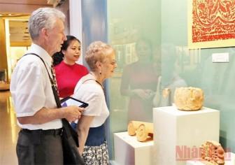Tìm hiểu văn hóa Lý - Trần qua bảo tàng trực tuyến