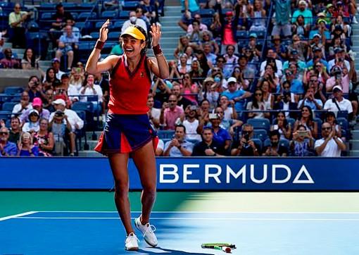 Emma Raducanu - 'Cơn địa chấn' ở US Open 2021