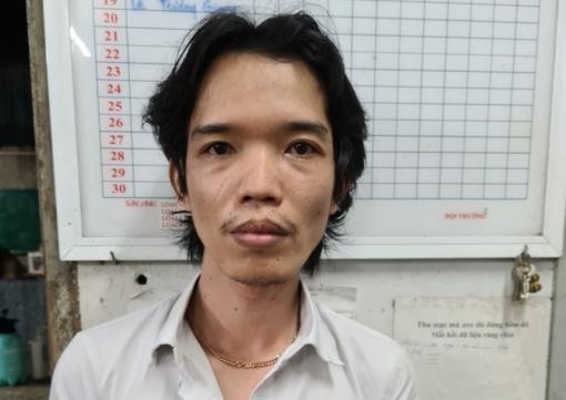 Tuyên phạt 2 năm 6 tháng tù giam đối tượng chống đối lực lượng lấy mẫu test nhanh SARS-CoV-2