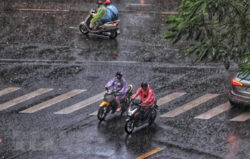 Miền Bắc và miền Trung mưa lớn trong vài ngày tới