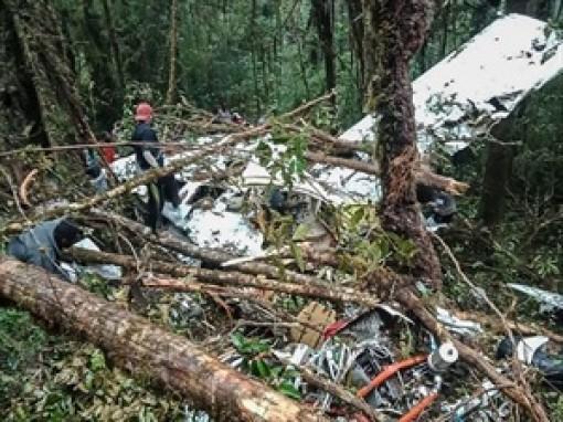 Indonesia: Tìm thấy máy bay chở hàng rơi tại vùng núi Wabu