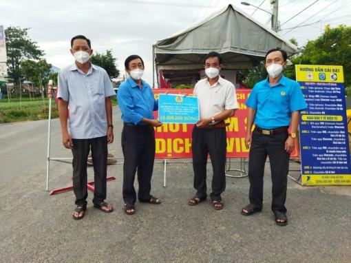 Phú Tân nỗ lực phát triển trong bối cảnh dịch bệnh