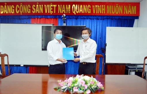 Giám đốc Trung tâm Y tế huyện Châu Phú Phạm Quang Quốc Uy giữ chức Giám đốc Trung tâm Kiểm soát bệnh tật An Giang