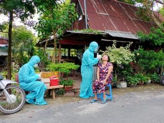 Châu Phú xét nghiệm, tầm soát cộng đồng toàn dân trên địa bàn huyện lần 2 và lần 3