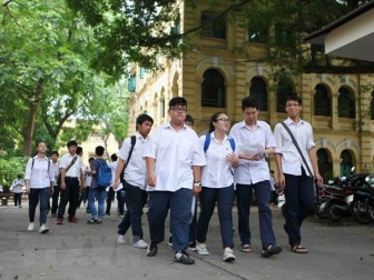 Bộ Giáo dục-Đào tạo điều chỉnh nội dung dạy và học bậc THCS, THPT