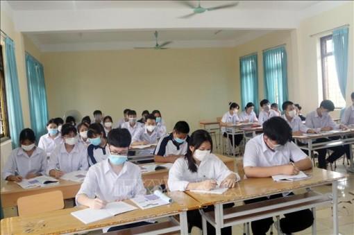 Tạo điều kiện cho học sinh 'mắc kẹt' vì dịch COVID-19 được đến trường