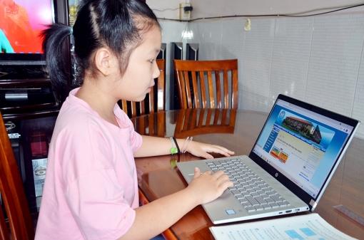An Giang hỗ trợ học sinh học trực tuyến