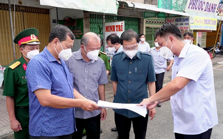 Phú Tân tập trung kiểm soát dịch bệnh COVID-19, không để lây sang các địa phương lân cận