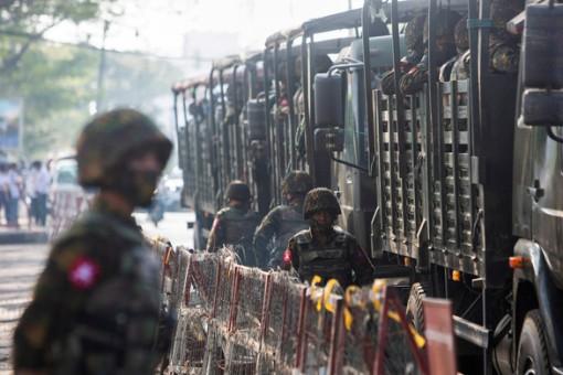 Đánh bom nhằm vào xe quân đội Myanmar
