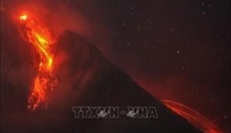 Núi lửa phun trào, Tây Ban Nha sơ tán người dân trên đảo