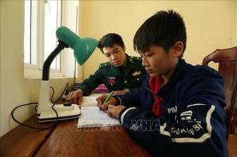 Chắp cánh ước mơ cho học sinh nghèo dân tộc thiểu số vùng biên