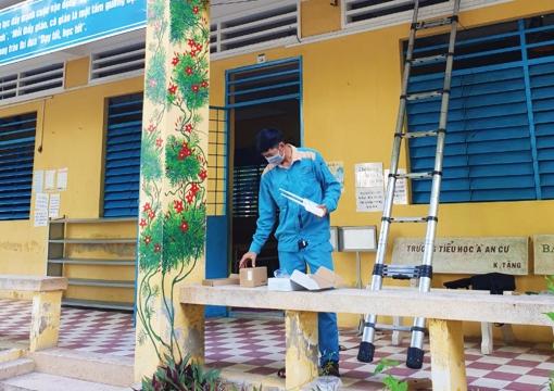 Tập trung phòng dịch trong trường học
