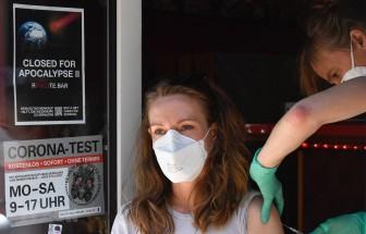 Dịch COVID-19: Đức cắt trợ cấp cho người lao động không tiêm vaccine